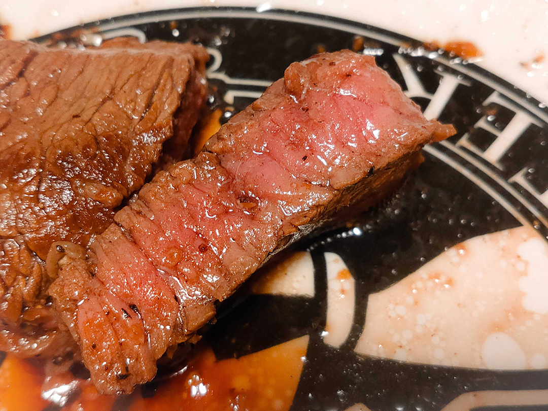 肉が裏切らねえ