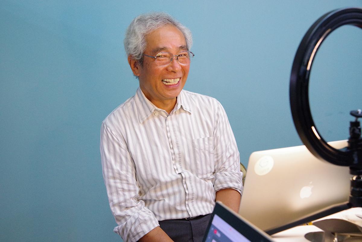 ウェビナー開催前のおちゃめな沼田さん